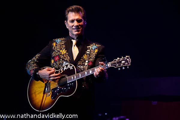 The Cairns Review - Chris Isaak Live Review
